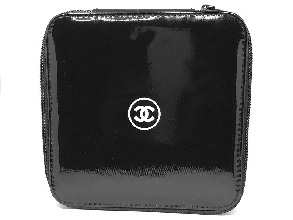 4e8b5dd8d9403a Chanel Clutch Drawstring Cosmetic Jewelry Black Travel Bag Image 4. 12345