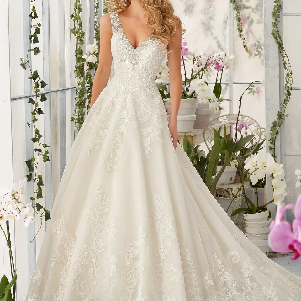Mori Lee Ivory/Blush 2813 Traditional Wedding Dress Size