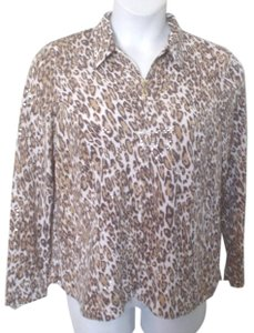 TanJay Cheetah Zip Close Layer Cardigan