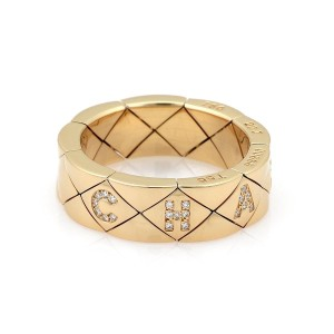 Chanel Matelasse Flexible Quilted Diamond 18k Gold Band Ring