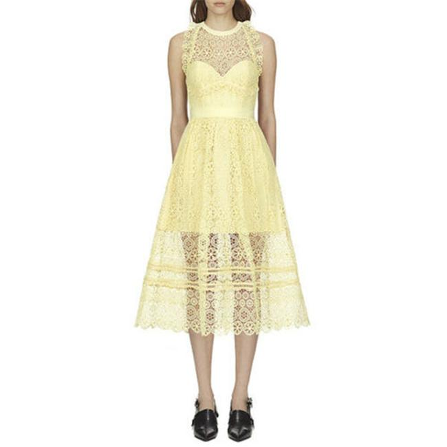 Item - Yellow Floral Lace Midi Halter Mid-length Cocktail Dress Size 4 (S)
