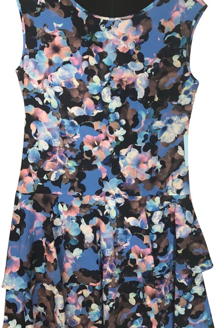 Item - Mixed Blue Floral Mid-length Short Casual Dress Size 0 (XS)