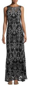 Vera Wang Evening Gown Embroidered Dress