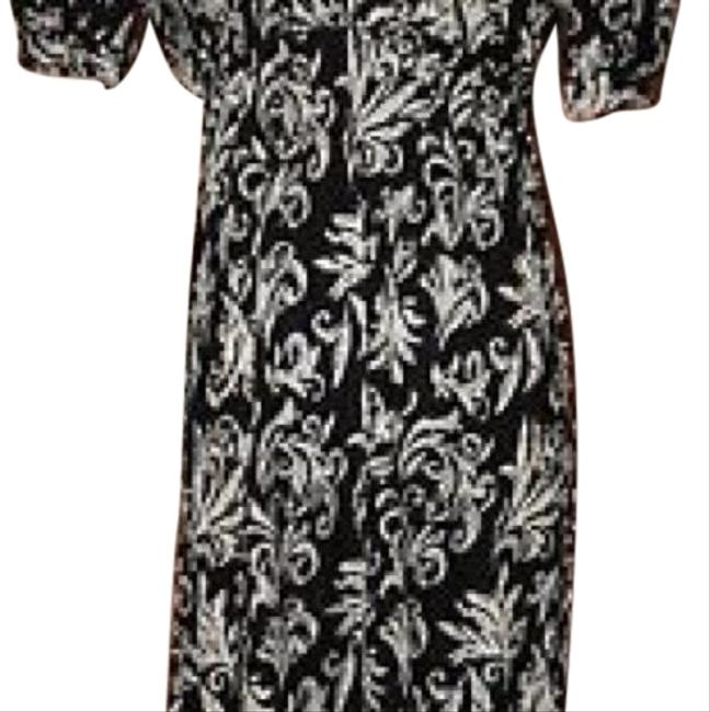 Preload https://img-static.tradesy.com/item/23719437/anthropologie-black-with-cream-maple-short-workoffice-dress-size-12-l-0-1-650-650.jpg