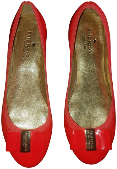 Preload https://img-static.tradesy.com/item/23719502/kate-spade-poppy-redorange-tock-patent-flats-size-us-8-regular-m-b-0-2-540-540.jpg