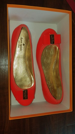 Kate Spade Spring Summer Fall Gold Hardware Patent Leather Poppy, red/orange Flats