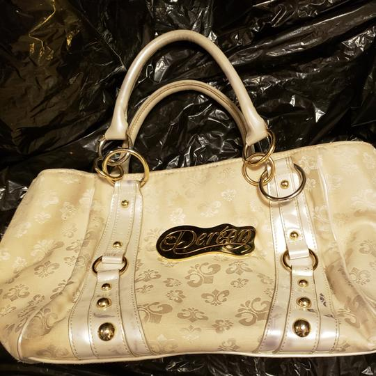 Preload https://img-static.tradesy.com/item/23719651/house-of-dereon-handbag-white-and-gold-satchel-0-1-540-540.jpg