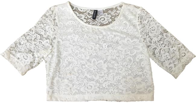 Preload https://img-static.tradesy.com/item/23719715/divided-by-h-and-m-white-lace-crop-tee-shirt-size-6-s-0-1-650-650.jpg