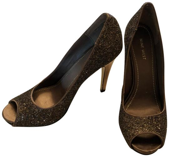 Preload https://img-static.tradesy.com/item/23719965/nine-west-bronze-beaded-platform-heel-formal-shoes-size-us-8-regular-m-b-0-1-540-540.jpg