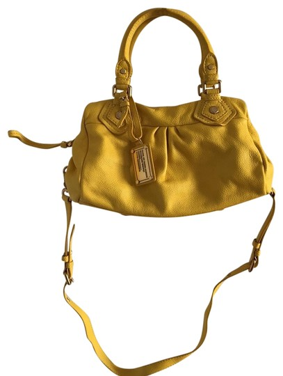 Preload https://img-static.tradesy.com/item/23720013/marc-by-marc-jacobs-yellow-leather-satchel-0-1-540-540.jpg