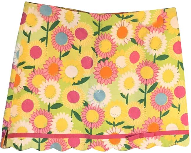 Preload https://img-static.tradesy.com/item/23720068/lilly-pulitzer-brightly-colored-floral-shorts-underneath-item-21039970-skirt-size-10-m-31-0-1-650-650.jpg