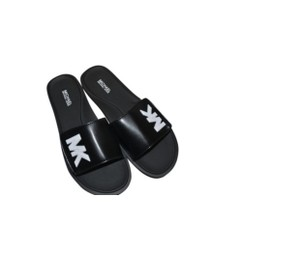 ef9aa2193fad White Michael Kors Sandals - Up to 90% off at Tradesy