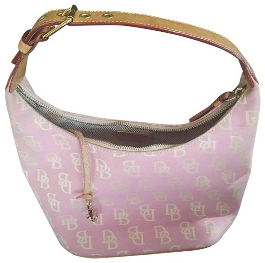Preload https://img-static.tradesy.com/item/23720342/dooney-and-bourke-pink-with-the-db-monogram-tan-leather-strap-with-buckle-canvas-shoulder-bag-0-3-540-540.jpg
