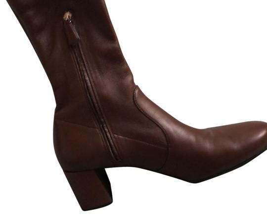 Preload https://img-static.tradesy.com/item/23720451/prada-brown-classic-bootsbooties-size-eu-395-approx-us-95-regular-m-b-0-3-540-540.jpg