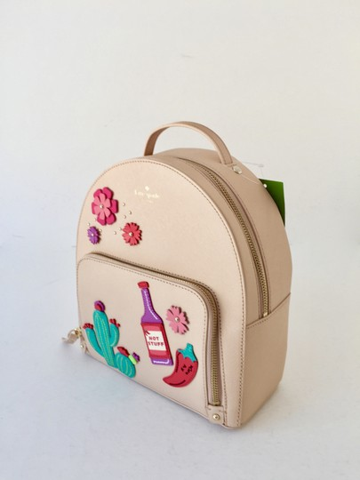 Preload https://img-static.tradesy.com/item/23720499/kate-spade-new-horizons-cactus-tomi-mini-cashew-leather-backpack-0-2-540-540.jpg