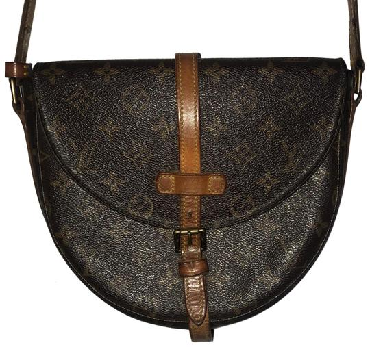 Preload https://img-static.tradesy.com/item/23720509/louis-vuitton-chantilly-monogram-canvas-brown-leather-cross-body-bag-0-1-540-540.jpg