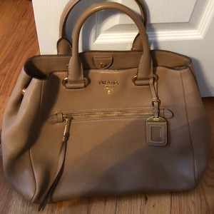 Beige Prada Totes - Up to 90% off at Tradesy ba08d811a2b7a