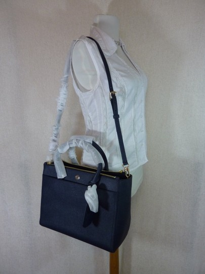 Tory Burch Tote in Navy Image 7