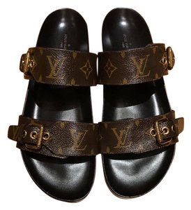 bc75042657e Louis Vuitton Sandals - Up to 90% off at Tradesy