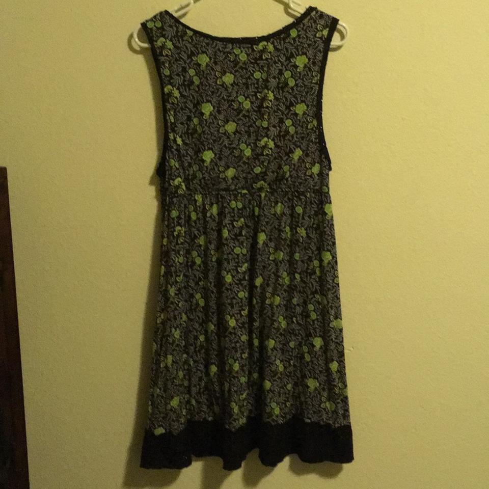 Free People Black With Green And White Flower Pattern None Short