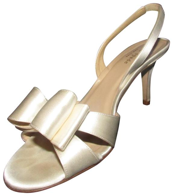 Item - White Satin Over Leather with Exaggerated Bows New Shoes/Designer Pumps Size US 8 Regular (M, B)
