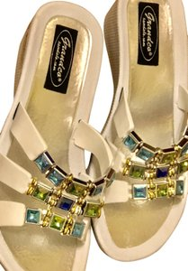 Grandco Summer Size 6 Water Colors white with crystal ebellishment--NEW Wedges