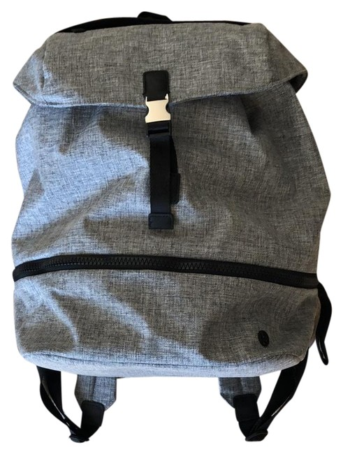 Item - Front Clasp Heathered Gray Canvas Backpack