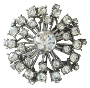 Stella & Dot Starburst Brooch
