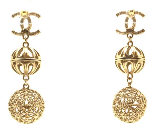 Chanel Rare and Exquisite CC cutout ball gold dangle pierced stud earrings Image 3