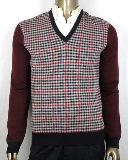 Preload https://img-static.tradesy.com/item/23725323/gucci-blue-winebeigeblack-cashmerewool-checkered-sweater-xl-429815-5040-groomsman-gift-0-0-540-540.jpg