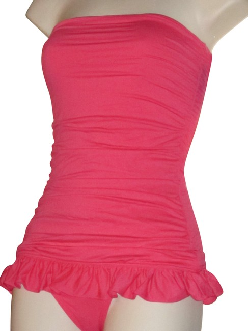 Item - Martinique Bright Pink Skirted Bandeau Swimdress Swimsuit (New with Tags) One-piece Bathing Suit Size 2 (XS)
