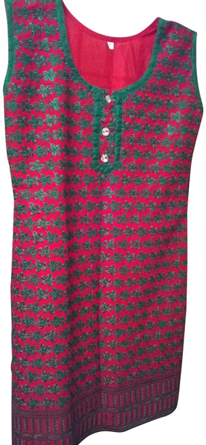 Item - Red/Green Emroidered Mid-length Short Casual Dress Size 8 (M)