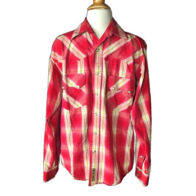 Preload https://img-static.tradesy.com/item/23730178/larry-mahan-red-men-s-cowboy-collection-shirt-rodeo-shirt-plaid-long-sleeve-button-down-top-size-6-s-0-0-650-650.jpg