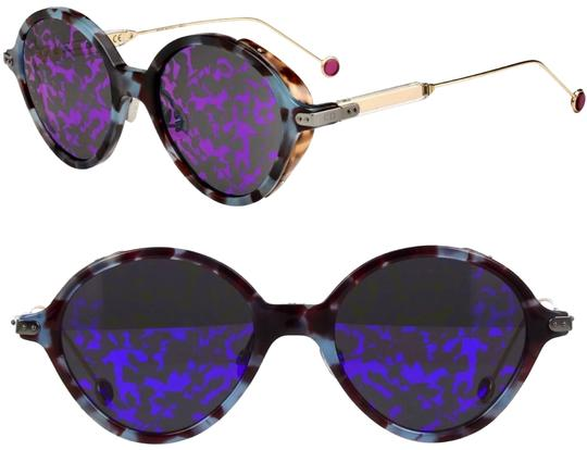 Preload https://img-static.tradesy.com/item/23730306/dior-blue-violet-havana-leaves-umbrage-sunglasses-0-1-540-540.jpg
