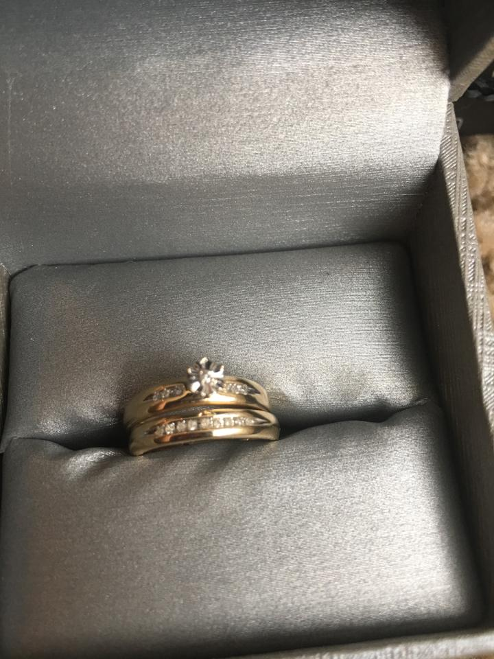 Zales Gold New  engament Ring and 2 with Diamonds Women's Wedding