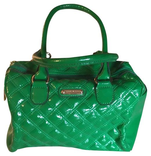 Preload https://img-static.tradesy.com/item/23730779/anne-klein-quilted-sour-apple-green-man-made-satchel-0-1-540-540.jpg