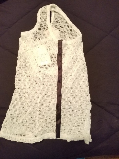 Guess Knit Top White with black striped sides Image 4