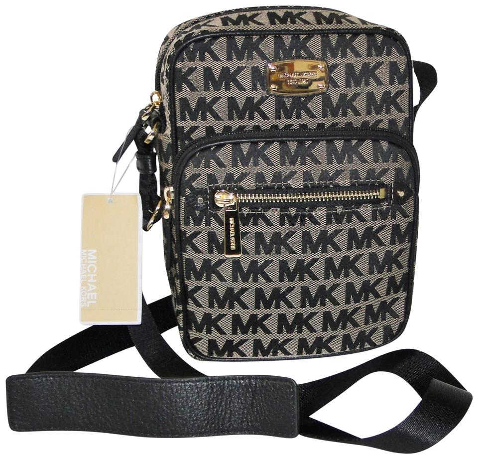 890915ee02fb9 Michael Kors Bedford Flight Beige Black Signature Jacquard Cross Body Bag  Image 0 ...