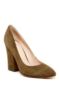 Marc Fisher Zala Style Classic Dark green suede Pumps