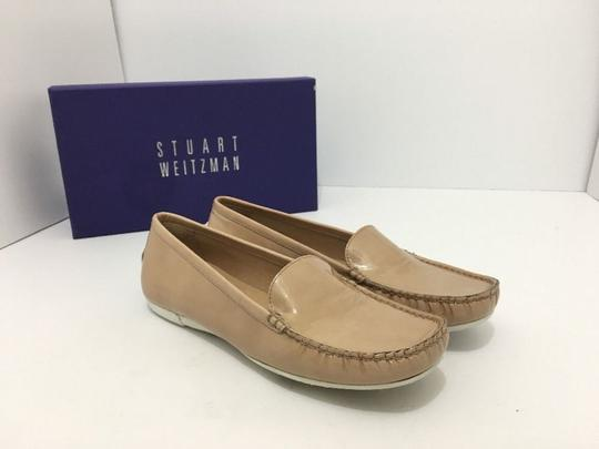 Stuart Weitzman Women's Loafers Size 7.5 Nude Patent Leather Flats Image 10