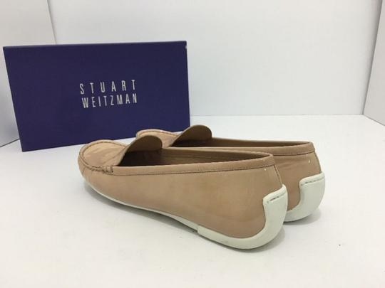Stuart Weitzman Women's Loafers Size 7.5 Nude Patent Leather Flats Image 11