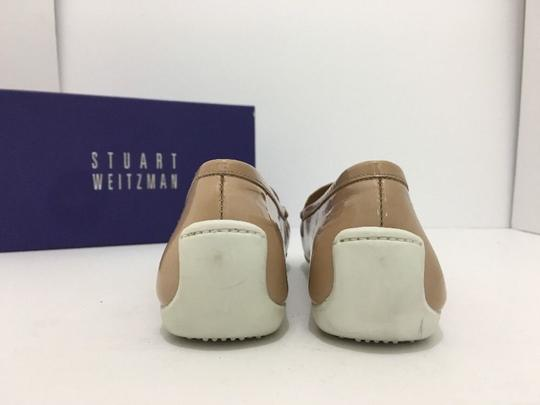 Stuart Weitzman Women's Loafers Size 7.5 Nude Patent Leather Flats Image 3