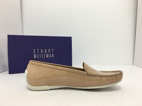 Stuart Weitzman Women's Loafers Size 7.5 Nude Patent Leather Flats Image 4