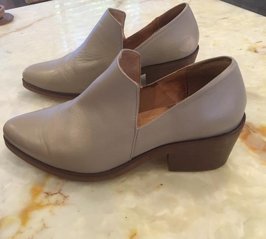 Intentionally Blank Leather Chunky Heel Grey Taupe Boots Image 3