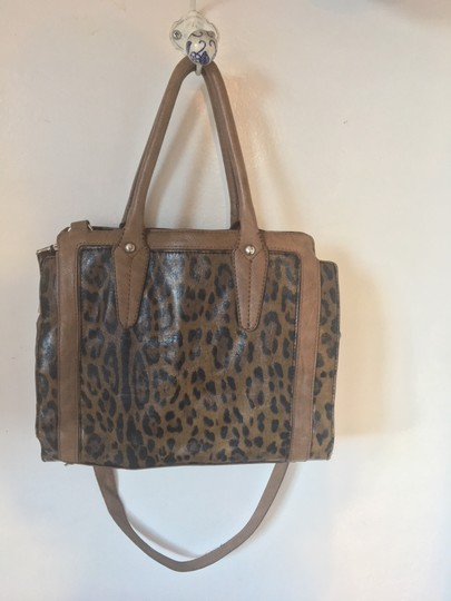 Clarks Leather Cheetah Tote in Leopard Image 4