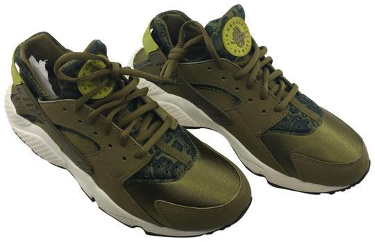 Preload https://img-static.tradesy.com/item/23733514/nike-olive-green-and-black-run-print-sneakers-size-us-95-regular-m-b-0-1-540-540.jpg