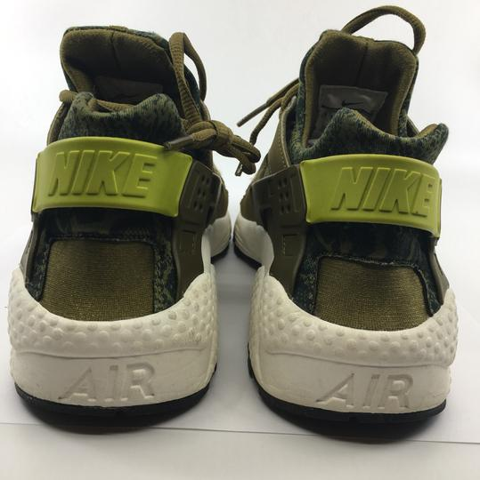 Nike Olive green and black Athletic Image 4