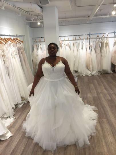 Allure Bridals White Organza Tulle English Net Beaded Embroidery Style 9450 Traditional Wedding Dress Size 16 (XL, Plus 0x) Image 3