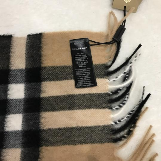 Burberry giant Check tassels scarf Image 5