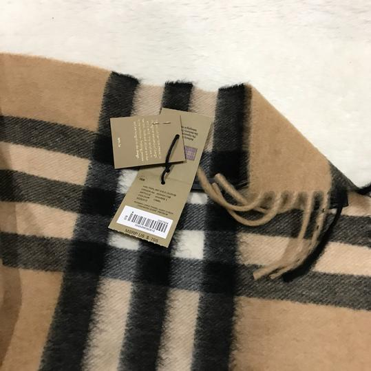 Burberry giant Check tassels scarf Image 6